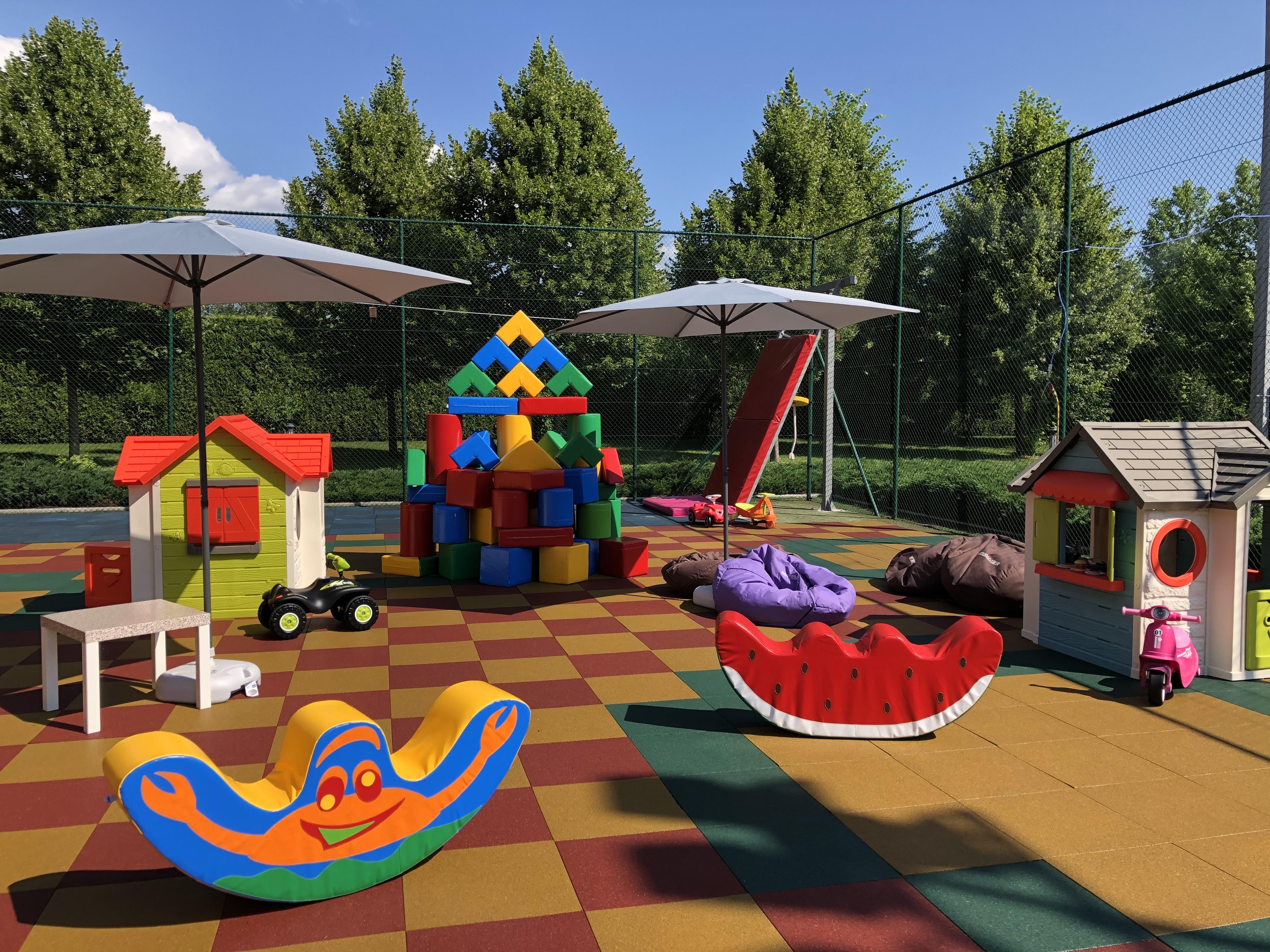 Детская площадка Kids' Club